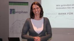 Veronika Falbesoner, Koordinatorin der Regionalgruppe Tirol - Projekt Bank für Gemeinwohl. Foto: Veronika Spielbichler