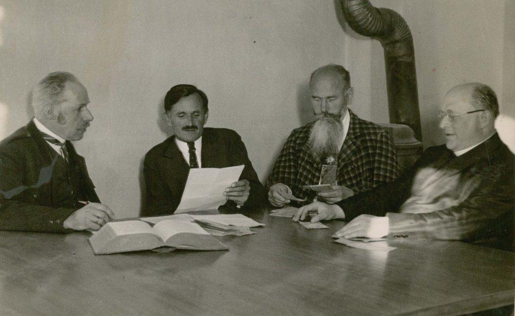 Treuhänder der Wörgler Freigeld-Ausgabe. Foto: Unterguggenbergerinstitut Archiv