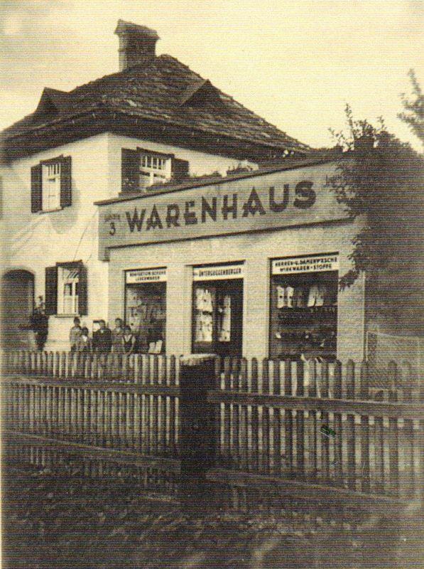 Rosa´s Geschäft wurde nachträglich ans Wohnhaus angebaut. Foto: Unterguggenberger Institut Archiv